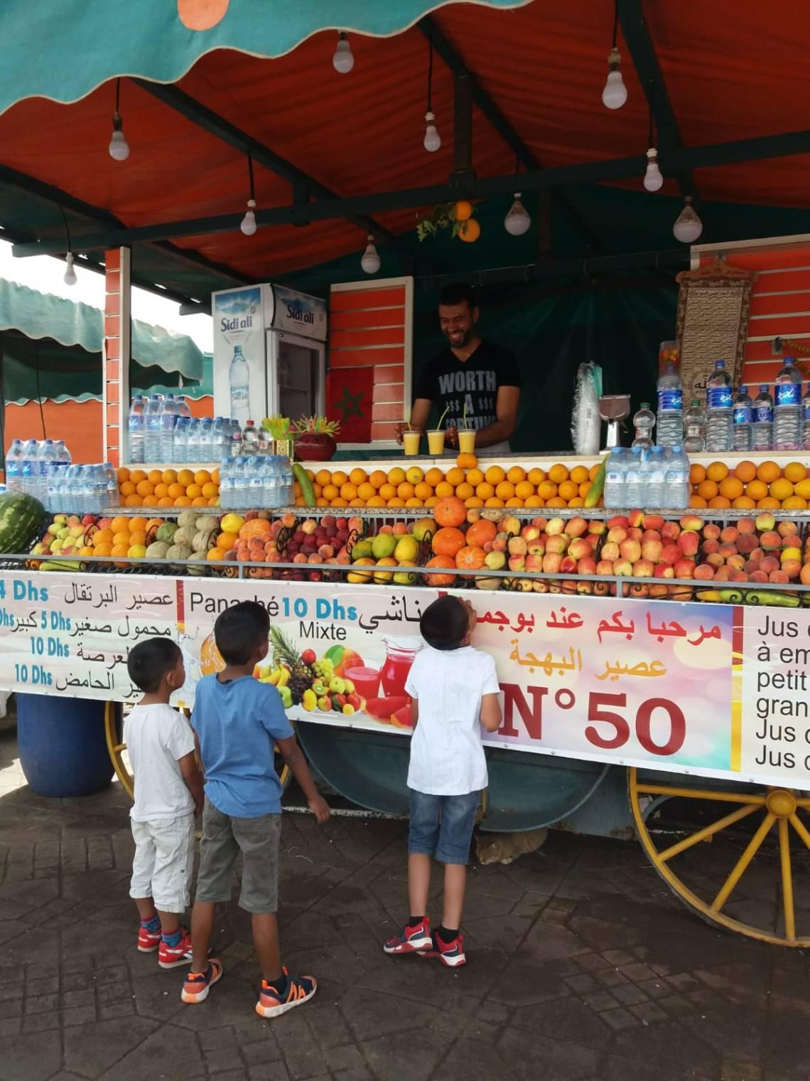 orange juice stand in Jemaa el Fna